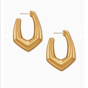 Kendra Scott Jewelry - Kendra scott gold kaia hoop earrings new!